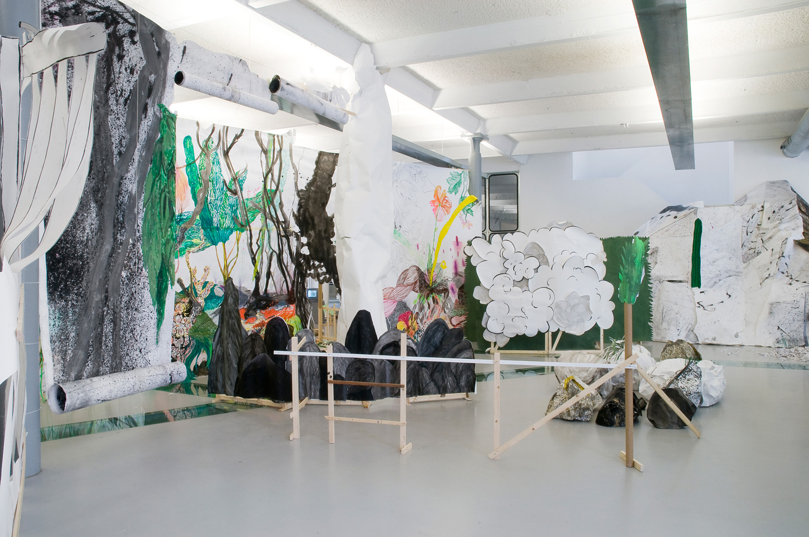 exhibition 'Onder Alle Omstandigheden' (In All Circumstances)